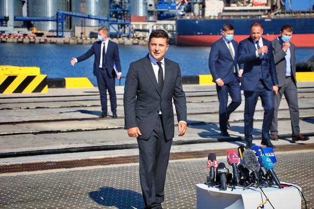 В Одесскую область едет президент - проверять военные объекты