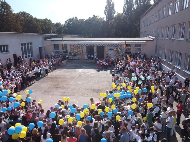 Школы в Одессе и Одесской области пока не уходят на дистанционное обучение