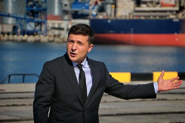 Россия может напасть на Украину,- президент