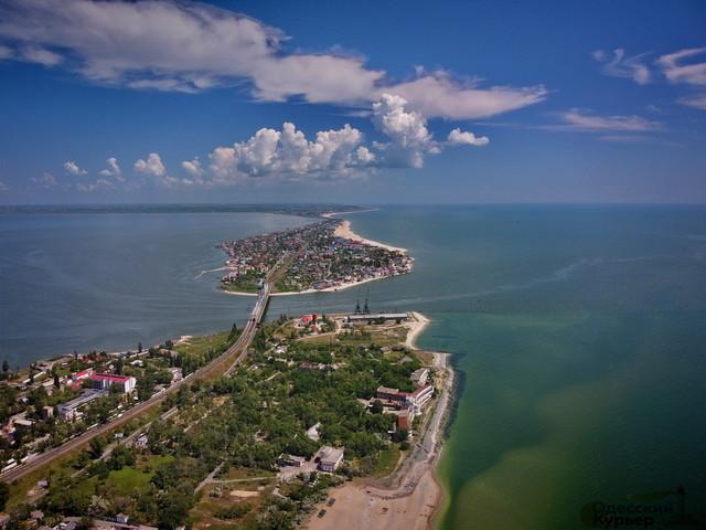 На трех пляжах в Одесской области морская вода не годится для купания