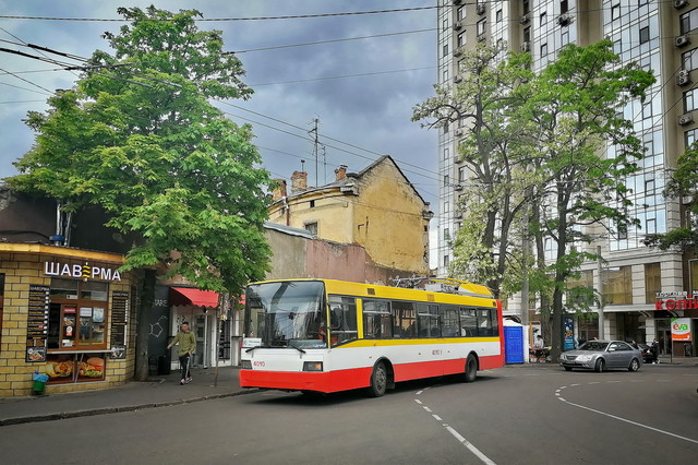 """Как в Одессе будет ходить первый маршрут """"автономных"""" троллейбусов"""