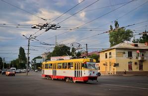 С сегодняшнего дня в Одессе меняют режим движения на Люстдорфской дороге