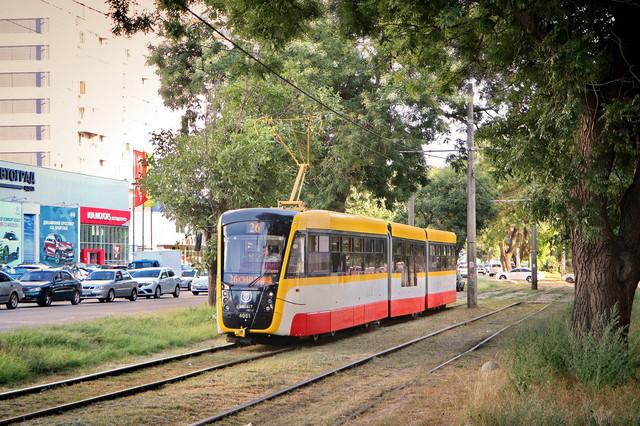Стало известно, кто хочет продать в Одессу многосекционные трамваи по европейскому кредиту