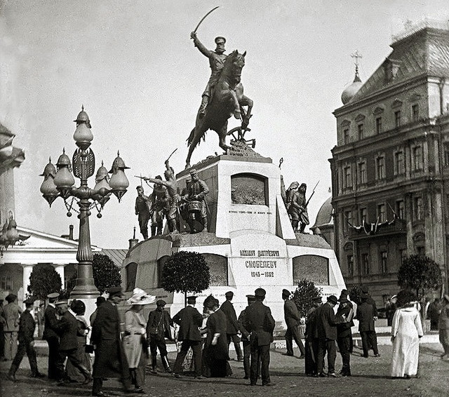 Тени забытых предков, или как в Москве боятся поставить памятник покорителю Кавказа