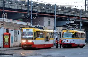 В Одессе воры пытались украсть провода с электроподстанции и устроили трамвайный коллапс