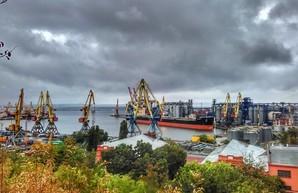 В порту Одессы сдадут в аренду старые склады