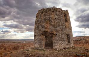 В Одесской области показали руины старинной башни - остатки мельницы (ФОТО, ВИДЕО)